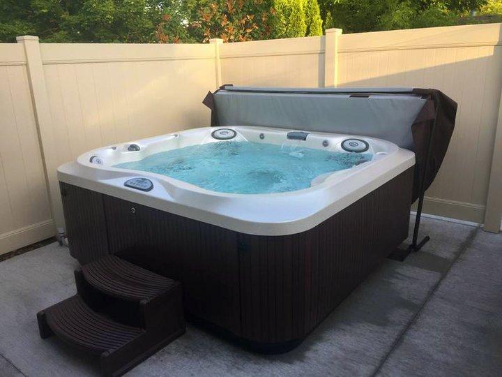J-355 hot tub corner install