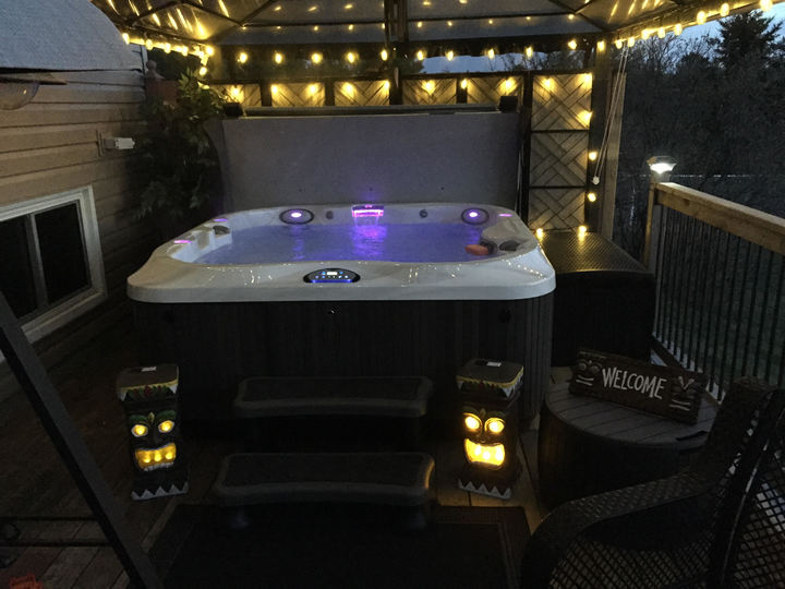Jacuzzi Hot Tubs of Ontario Burlington Install