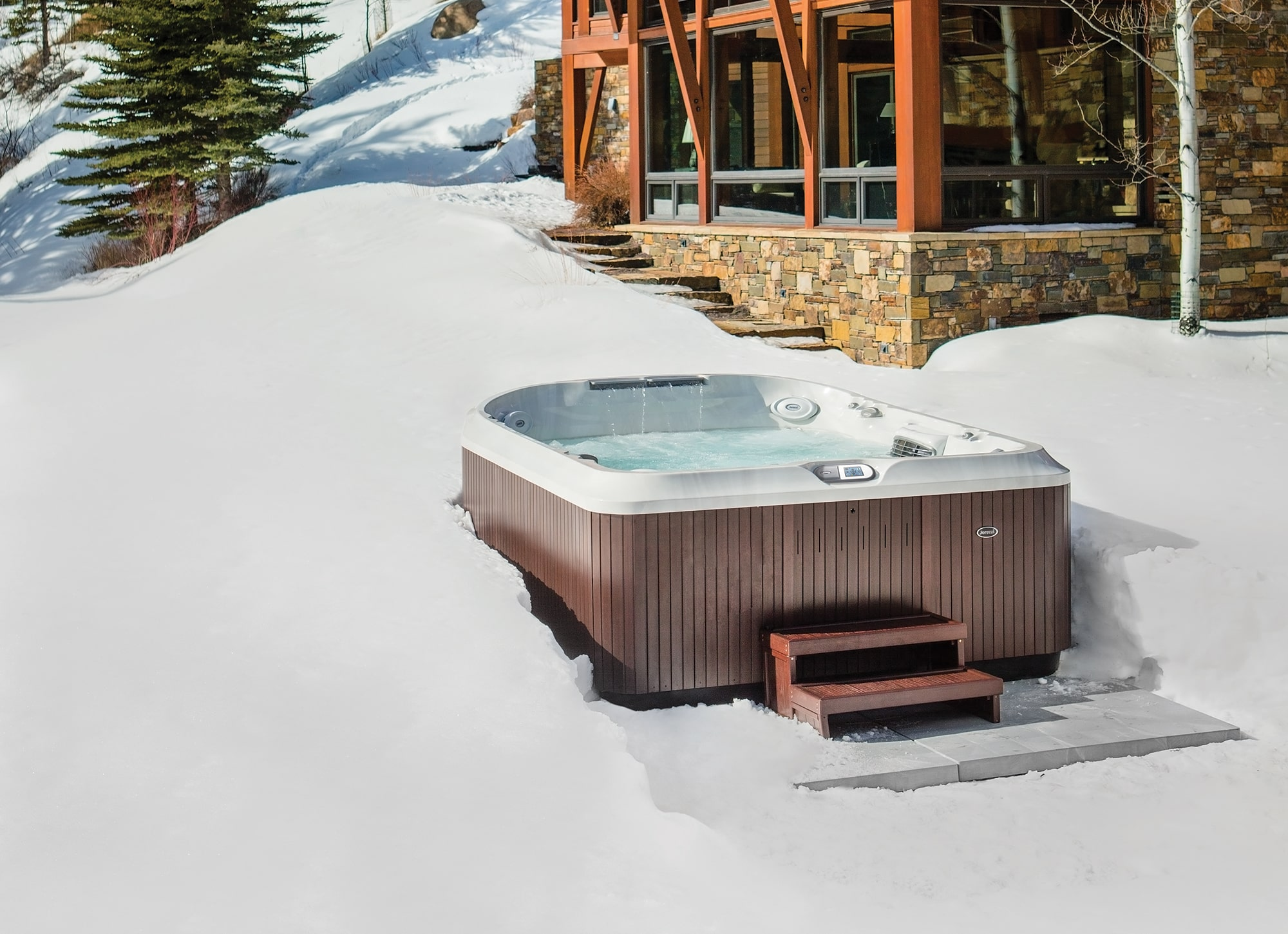 hot tub use winter