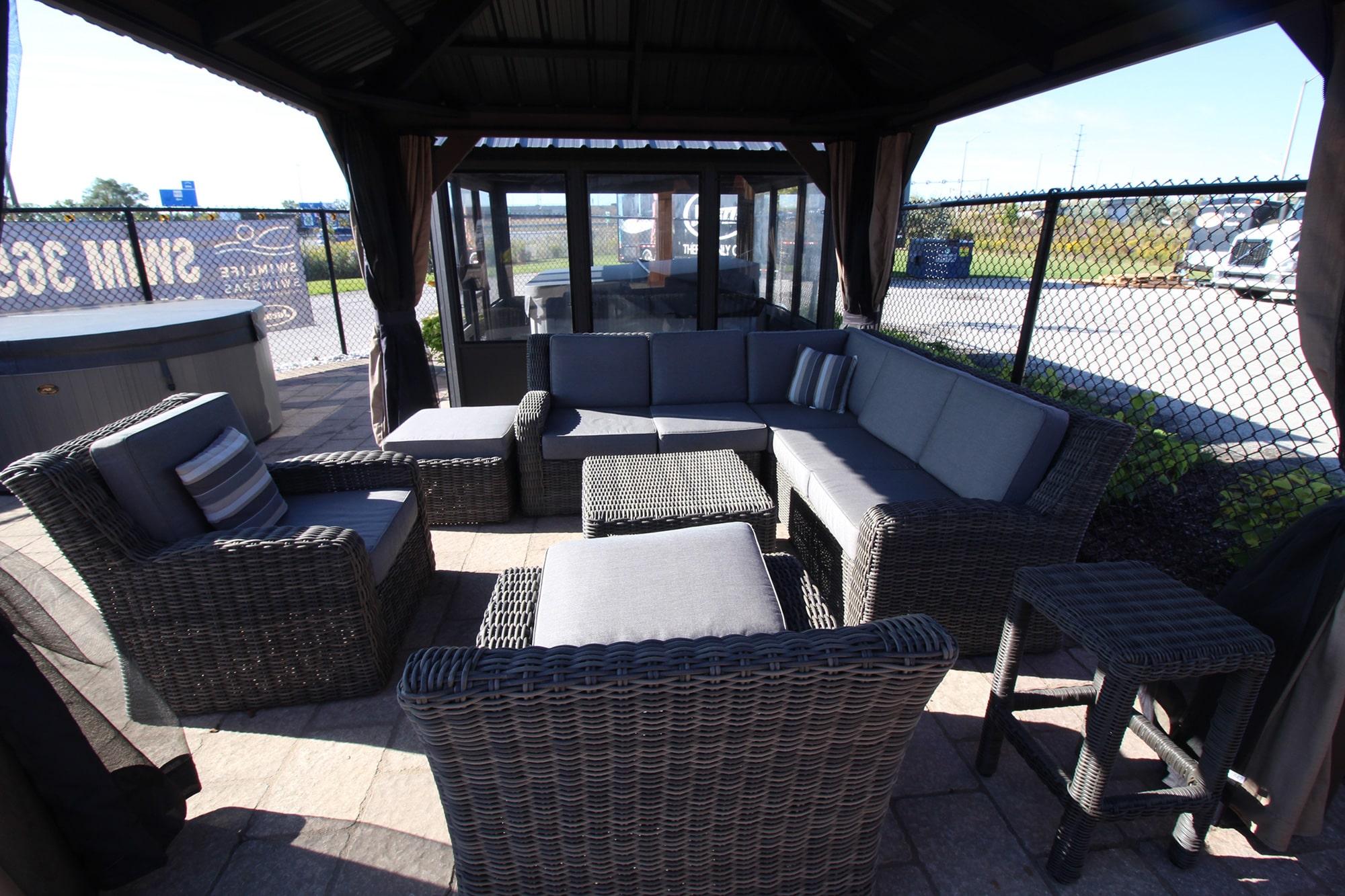 Jacuzzi Burlington Outdoor Furniture Showroom
