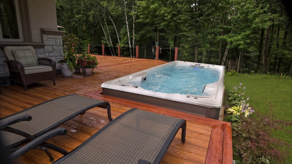 all season pool in Ontario