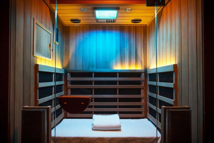 Jacuzzi Infrared sauna installation blue lights